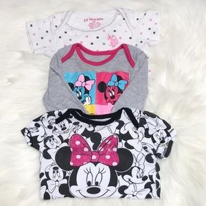 Set of 3 baby bodysuits various colors and brands